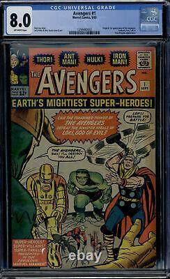 Marvel Comics Avengers #1 CGC 8.0 Off-white pages